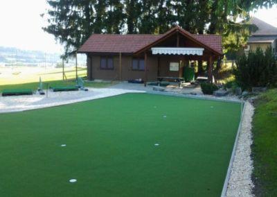 Photo du putting green du practice golf club Bassecourt